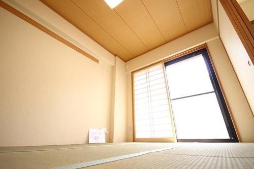 日神パレステージ北綾瀬(2F)の画像