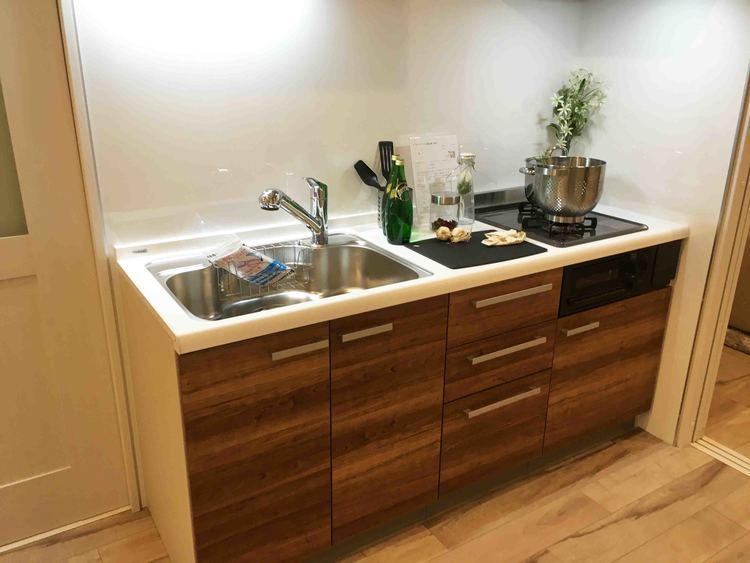 【南向き角部屋物件♪】日本橋箱崎の新規リノベーション済みマンション!のキッチン画像