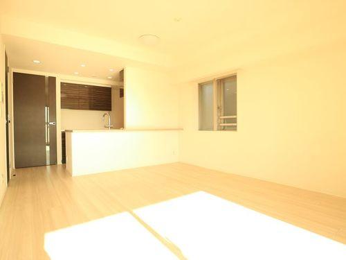 【クレヴィア駒沢大学】H24年築~スタイリッシュモダンなマンション~南東角部屋の画像
