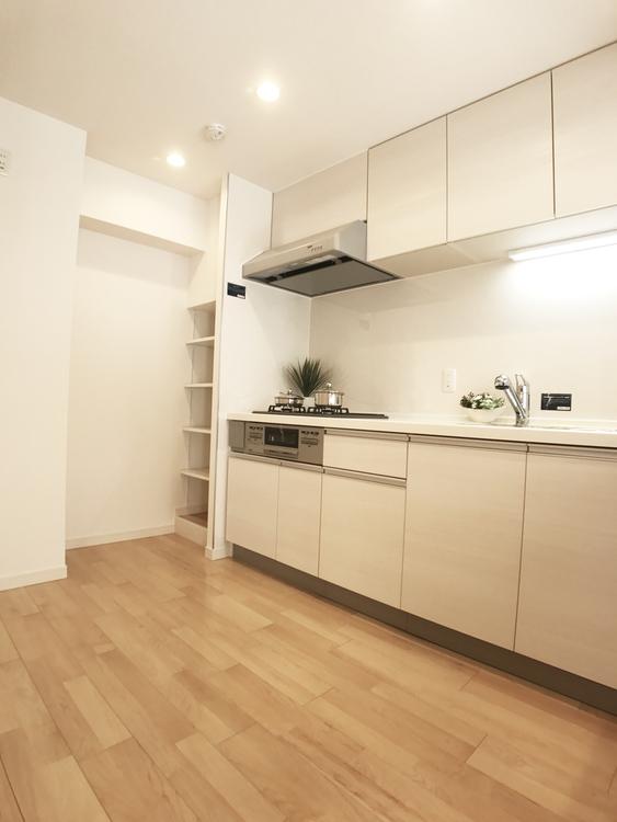 横浜山手センチュリーマンション(108)のキッチン画像