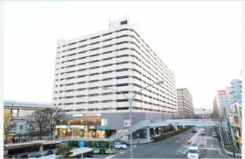 磯子駅前ビルの画像