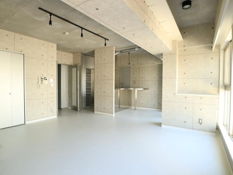 《シンシア三軒茶屋レジデンスカフェ》内装リフォーム済みの物件画像