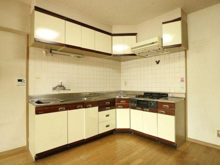 【シーアイマンション大岡山】ワイドスパン~南バルコニーのキッチン画像