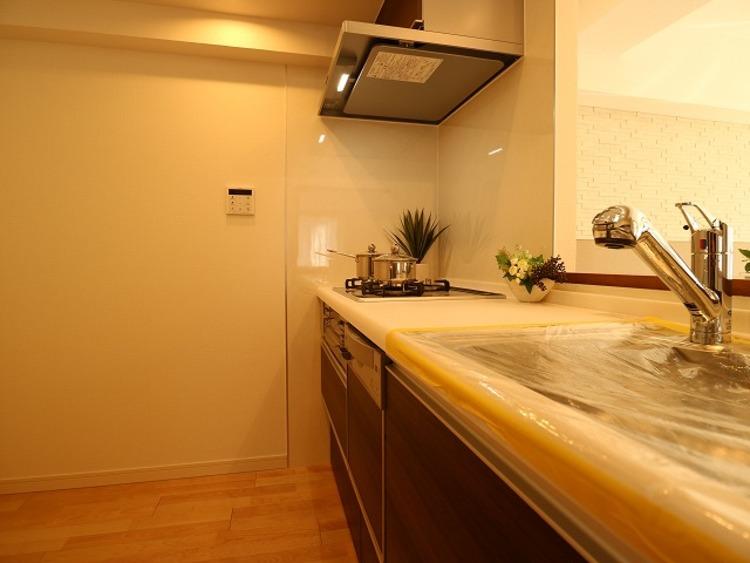 家具付き販売♪ダイアパレス新丸子【renovation】のキッチン画像