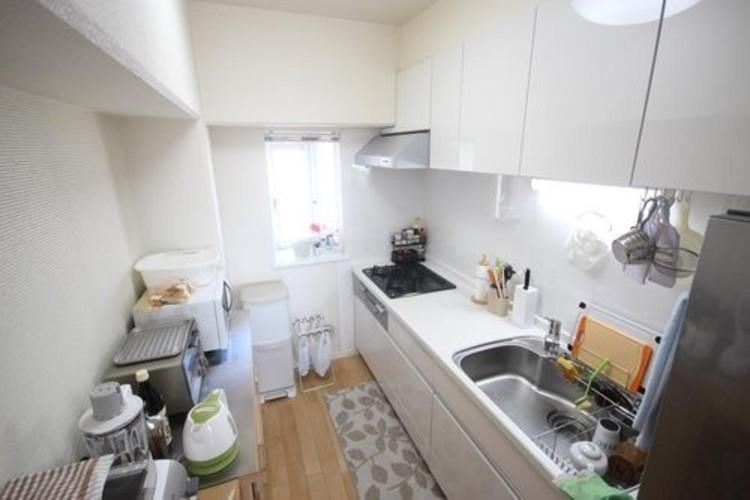 小松川グリーンハイツ1号棟(7F)のキッチン画像