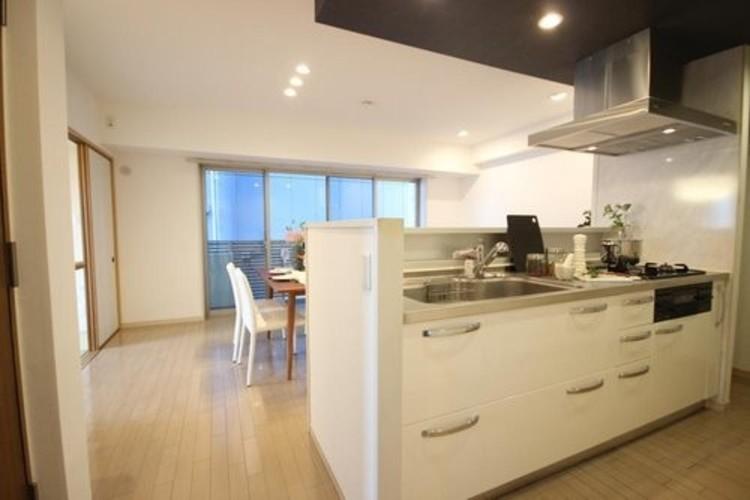 ミオカステーロ篠崎(4F)のキッチン画像