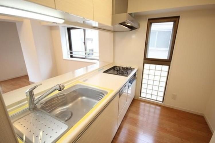 グランベル上野の杜(2F)のキッチン画像