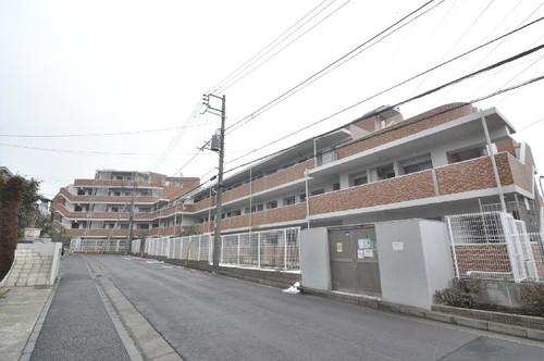 リブゼ横浜プレシャスコートの画像