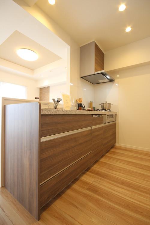 ライオンズタワー府中のキッチン画像