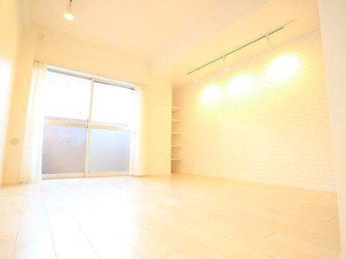 【ルピナス祐天寺】~新規内装リフォームされたお部屋~ (102)の画像