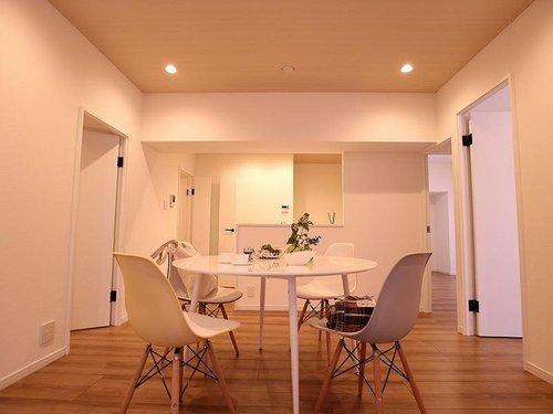 南西角部屋~新規内装リフォームされたお部屋~「ニューライフ大森」の画像