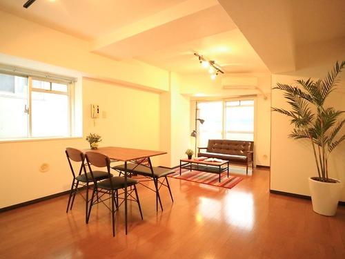 「セントヒルズ三軒茶屋」~三軒茶屋駅8分、家具照明付のお部屋~の物件画像