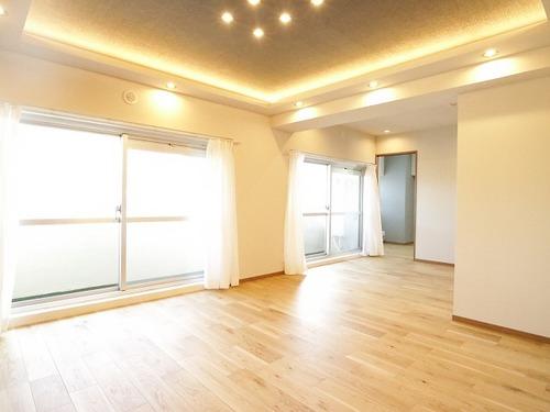 『上馬ハイホーム』専有面積100㎡超の広々3LDK♪~14階の最上階・角部屋~の画像